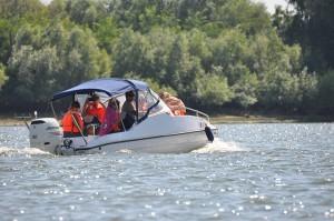 Plimbare-cu-barca-Delta